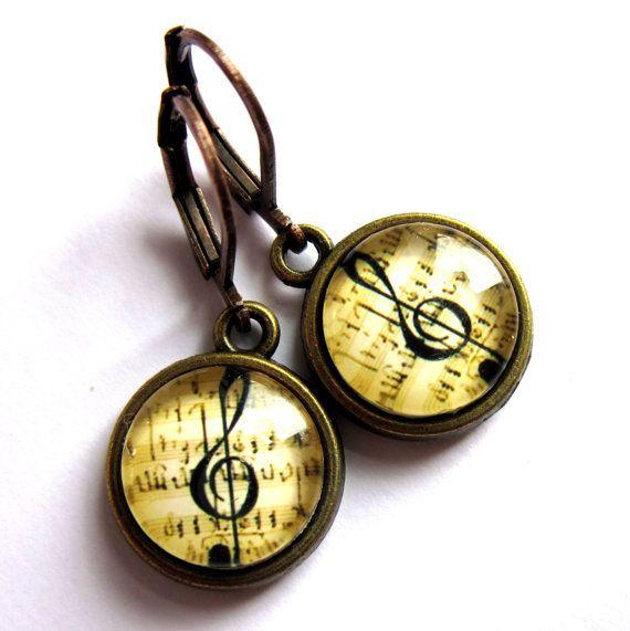 Treble Clef Earrings Music Lover Musician Retro by gimmethatthing