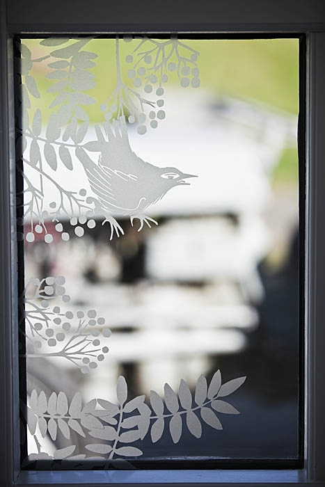 DIY window stickers - fits all flat surface - glass or a wall decor. http://sveinbjorg.is/voruflokkur/dekor/