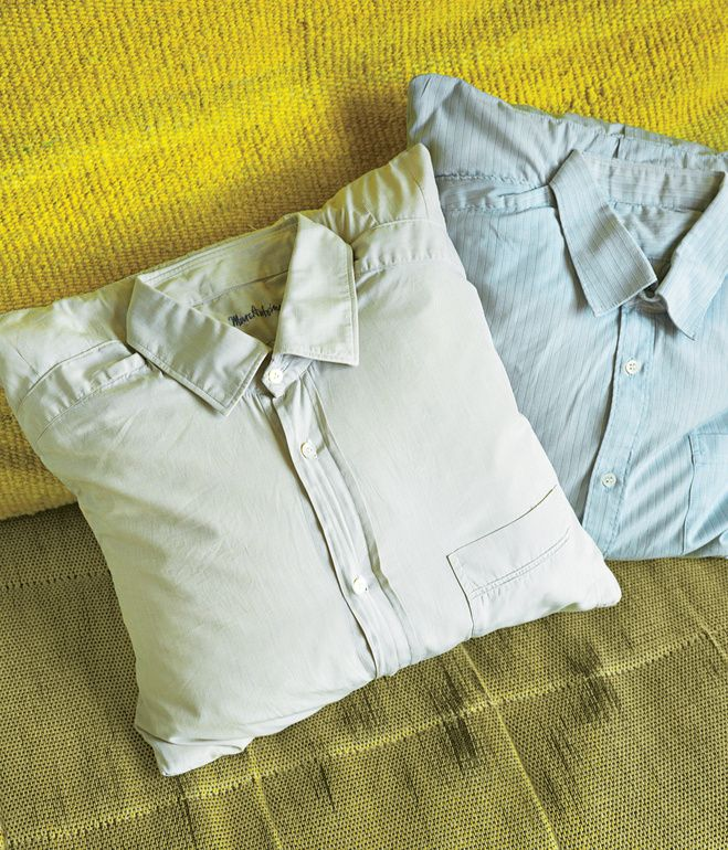 how to make a throw pillow from a shirt