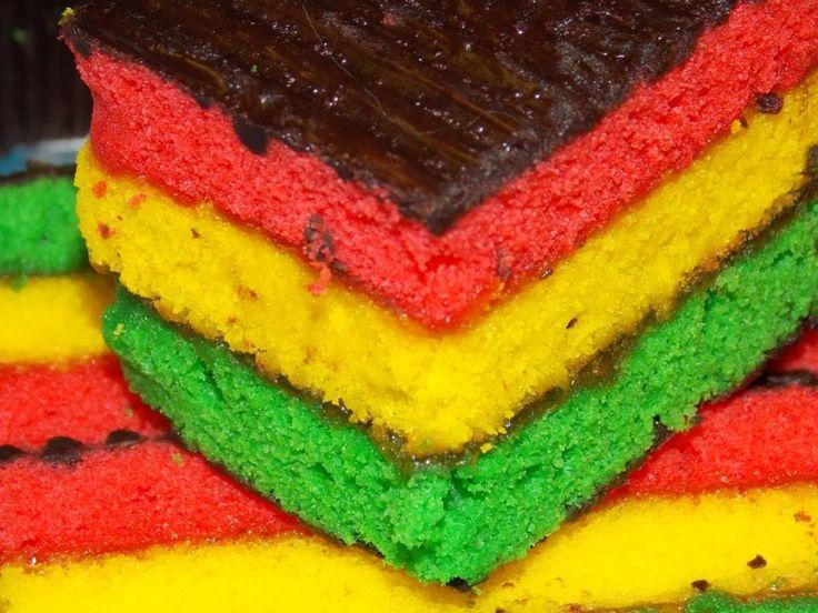 A Jamaica color themed cake