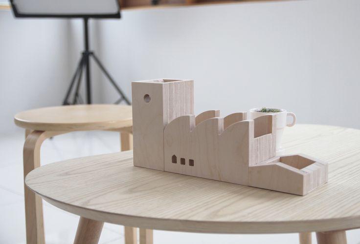 YOO.Y  _ #design #portecrayon #woodworking
