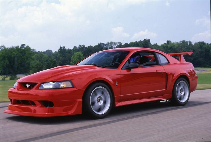 Over the next decade, the car returned to an earlier, sleeker look, as seen here with the 2000 Ford SVT Mustang Cobra.