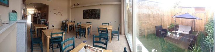 """Arredo B&B, Alberghi MAIERON SNC www.mobilificiomaieron.it  - https://www.facebook.com/pages/Arredamenti-Pub-Pizzerie-Ristoranti-Maieron/263620513820232 - 0433775330. Allestimento sala colazione Albergo B&B """"B&B Residenza Marina"""" a Marina di Carrara. Sedie in legno massello colorate blu cod 3011/L con seduta in legno. + Tavoli 80x80 in legno massello cod 806/80. Produzione Mobilificio maieron arredamento pub, bar, ristoranti e pizzerie  #arredoB&B #arredamentiB&B #sedietavoli #tavolisedie"""