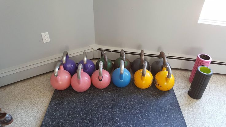 My GF and I are growing our KB family. Added a 2nd 8kg for her (we both do LC) and a set of 20kg for me to bridge the gap between 16kg and 24kg. #kettlebell #fitness #workout #exercise #fitfluential #crossfit #workouts #training #strength #gym