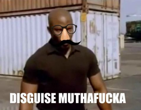 I dont know why I havent watched DEXTER sooner. I regret it but man... Doakes is hilarious lol