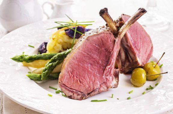 Kochen lernen mit Fleisch - in unserem Kochkurs in Frankfurt.