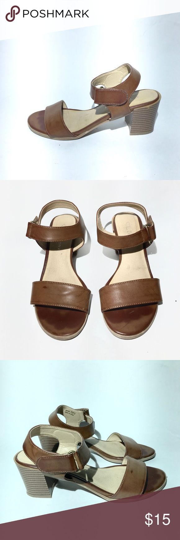 Brown Sandals 7 Women's Pair with a white summer dress. Solid with Velcro straps on the side. CL  Shoes Sandals