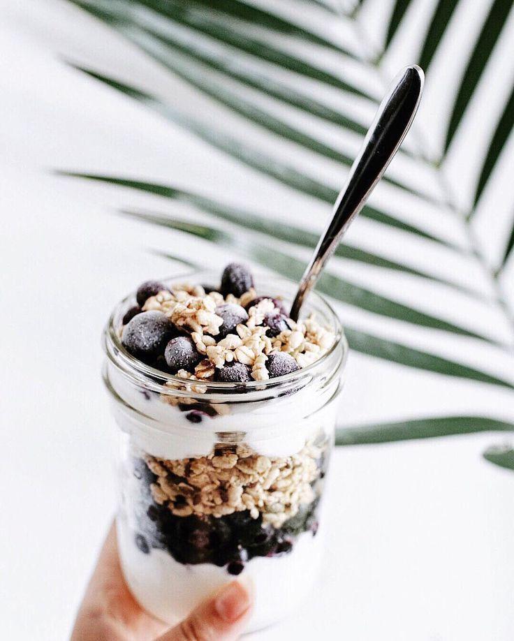 noelcorrinne • Plain Greek Yoghurt, Granola, Frozen Blueberries, Drizzled Honey 💙