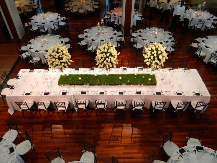 When you are surfing the net for catering companies in Utah, you will find that there are many options to choose from. There are caterers
