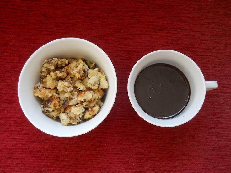 Mindkettőben van egy kis csavar, hogy ne a megszokott legyen ... :)Hozzávalók (császármorzsa):12,5 dkg liszt12,5 dkg búzadara3 tojás5 dl tej2 ek...