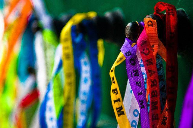 Wens armbandjes www.sapapanatravel.nl/brazilie