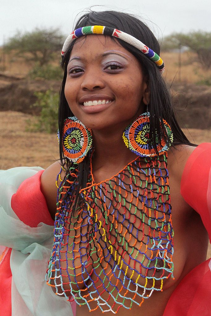 Africa | Portrait of a young woman at the Zulu Reed Dance Ceremony. | © Walter Callens