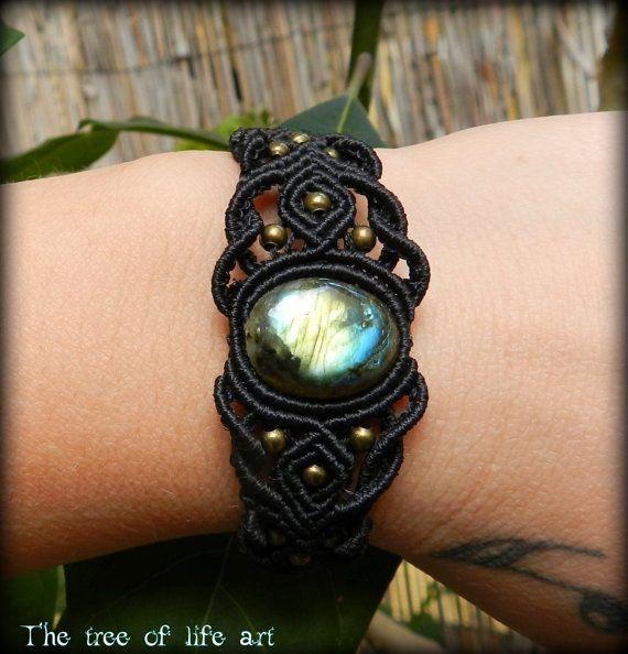 Macrame bracelet with Labradorite stone & bronze beads/Tribal macrame/Festival jewelry/Ethnic bracelet/Goddess macrame/Black macrame