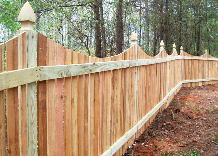 Custom Saddle Cut Privacy Fence By Mossy Oak Fence.