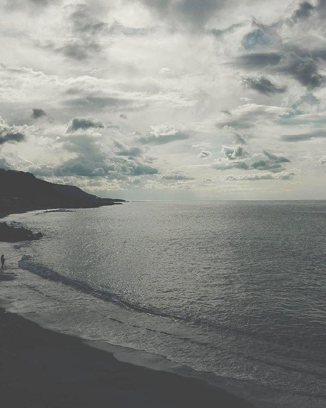 Sunday mood..#unangeloinviaggio  #italia #italy #calabria #belvederemarittimo #viaggio #adventure #igerscalabria #igerscosenza #igersitalia #mare #sea #volgoitalia #volgocosenza #calabriadaamare #paesaggiitaliani_official #paesaggi_italiani #suditalia #living_europe #living_destinations #exploringnature #exploringtheglobe #sud  #visitcalabria #italiadascoprire #italiadavivere #italiainunscatto #italian_landscapes