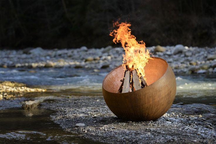 Nias - Design Feuerkugel und Feuerschale mit Grill   FORMRAUM SHOP