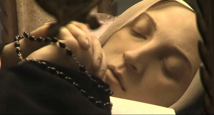 Close up of incorruptible Saint Bernadette 133 years after death. Oh beautiful sister, pray for us