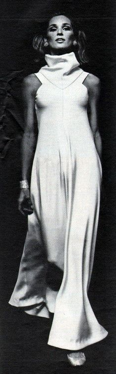 vintage fashion geoffrey beene 1966 vintage fashion style photo print ad model magazine designer white long dress gown high collar sleeveless flowing tent shift formal hostess evening wear space age 60s