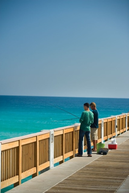 Pier fishing in panama city beach fl drop a line in pcb for Panama city florida fishing