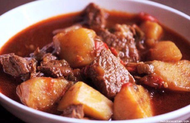 This beef stew tastes so good and makes the house smell amazing.