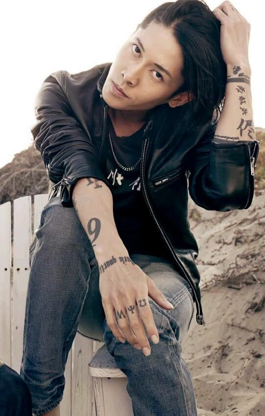 87 best things i love asian images on pinterest visual for Miyavi tattoos gallery