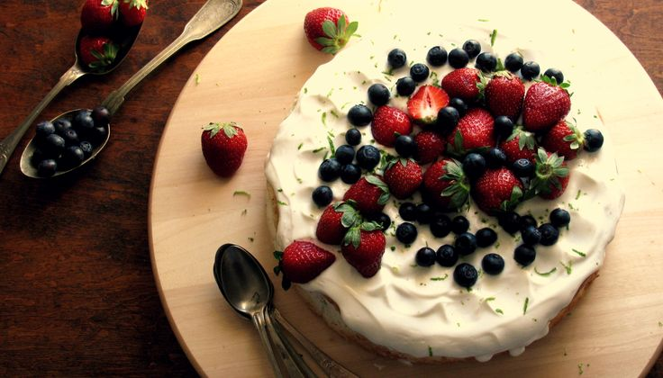 +Angel food cake with cardamon lime and yogurd frosting... C A K E M Y D A Y