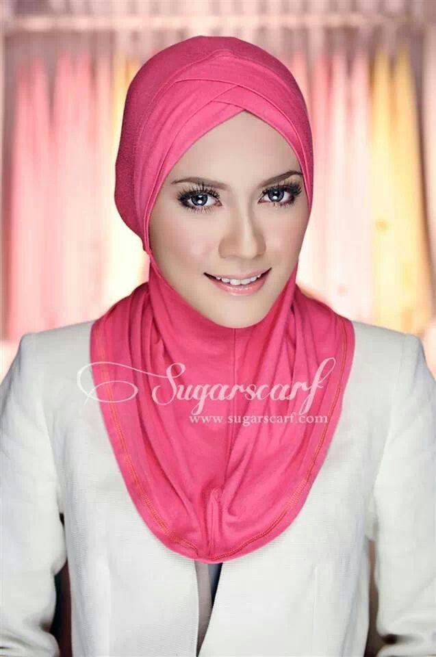Sweet inner hijab....