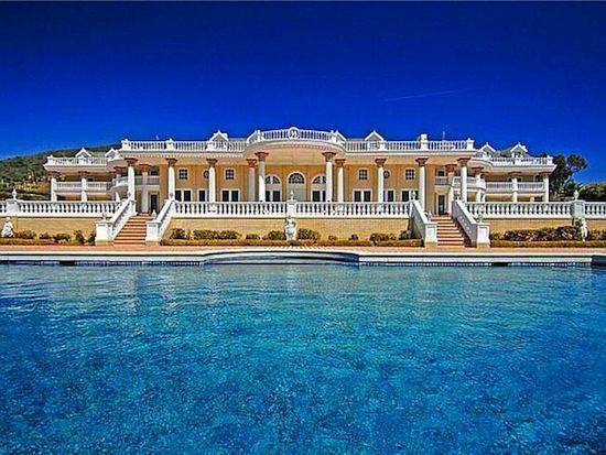 Beautiful mansions in the world the most beautiful house for Most beautiful mansions