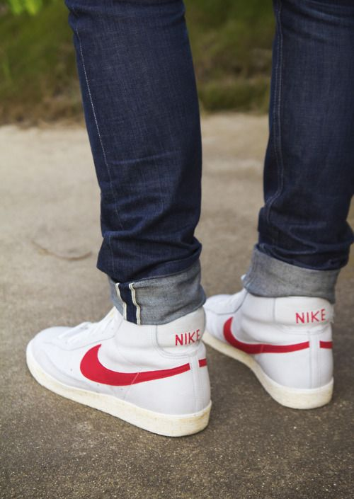 Original  Nike20running20shoesnike20sneakersjeansripped20knee20jeans