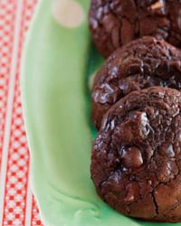 Flourless hazelnut and chocolate fudge cookies. An intense cocoa flavour and a wonderful chewy texture, similar to that of a brownie. Season 2 of Poh & Co. commences 19 May on SBS.