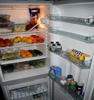 http://www.inmueblesrealesonline.com/consejos-para-ordenar-nuestro-refrigerador/ El refrigerador es una de los elementos más importantes de nuestra cocina, sin embargo si no guardamos un orden y seguimos ciertos criterios para almacenar nuestra comida tendremos problemas para encontrar nuestros alimentos y sobre todo mantenerlos en buen estado