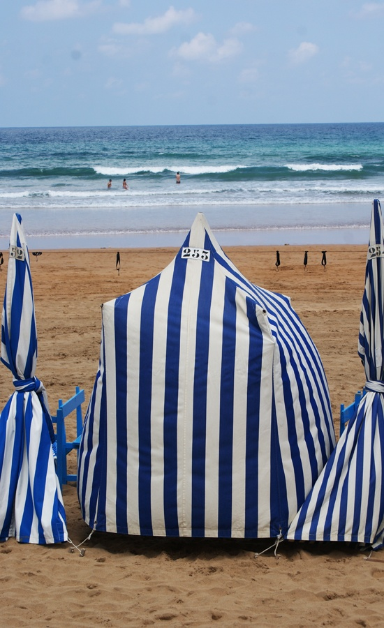 Playa en San Sebastian (Donosti). Euskadi