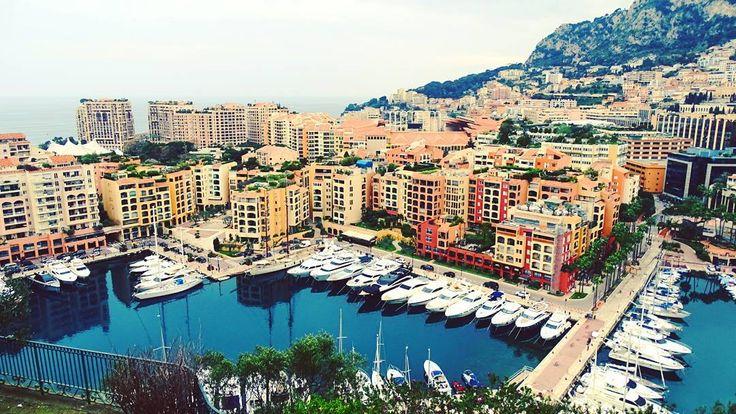 #Fontvieille А я уеду жить в Монте Карло #yacht #montecarlo #monaco #frenchreviera #cotedazur #luxury #amazing #beautifulplace #rich#happiness #traveling #travel #sunnyday #girls#mylove#world by sam_aigul from #Montecarlo #Monaco