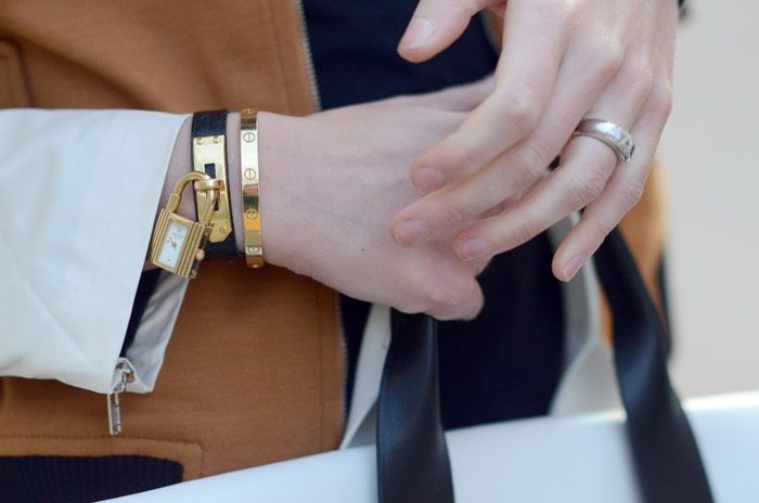 Oh snap! That\u0026#39;s a WATCH. I need me one of those... Hermes, Kelly ...