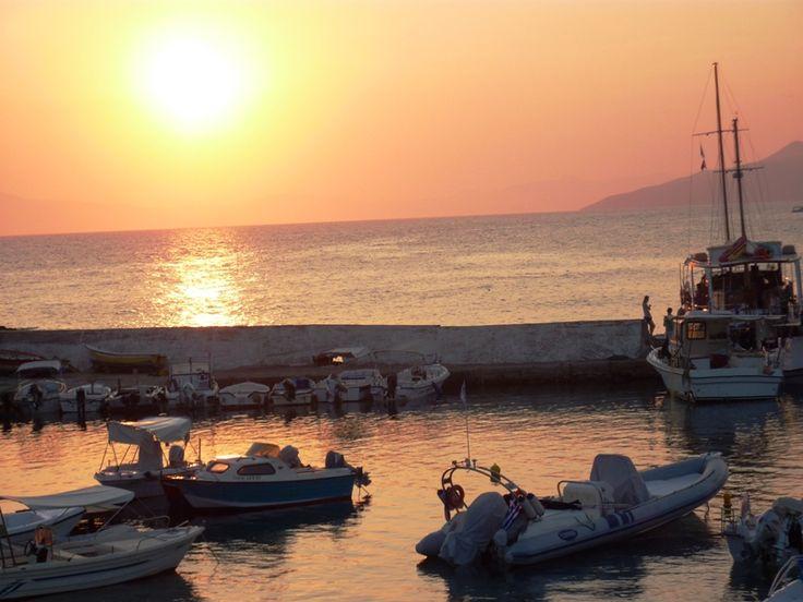 Sonnenuntergang Hafen Stoupa