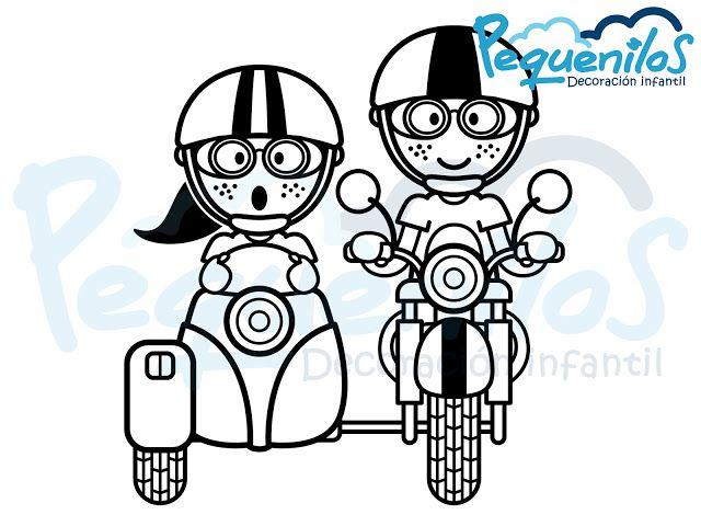 Pequenilos: Niño y niña viajando en moto con sidecar