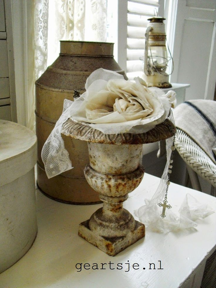1129 Best Images About Decorating With Urns On Pinterest Gardens Brocante And Pedestal