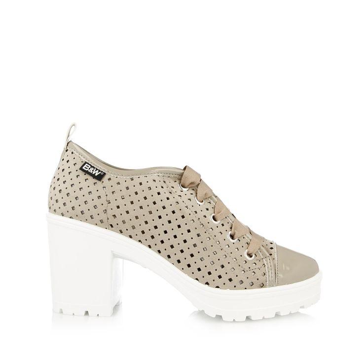 Zapatilla de tacón para mujer. Tienda Online de calzado Break&Walk