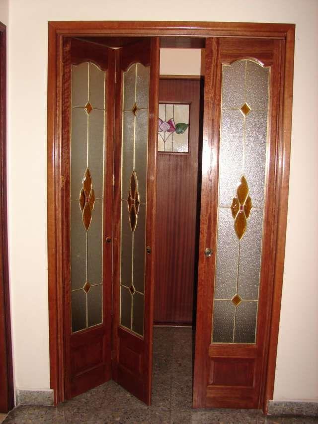 M s de 25 ideas incre bles sobre puertas plegadizas de for Puertas corredizas internas