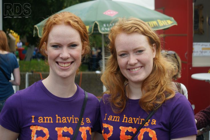 Norwegian sisters @ Redhead Days 2014 http://www.rds-art.weebly.com #Redhead #Days #Breda #Purple #Ginger #Sister #Smile # Beauty #Women