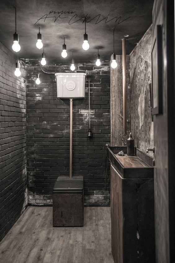 Seja em uma casa campestre, seja em loft urbano, o estilo rústico vai muito bem em banheiros e lavabos.                           Madeira b...