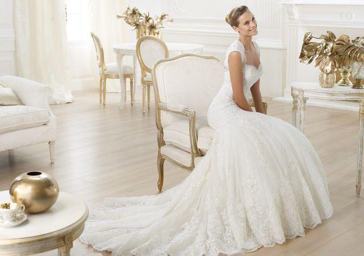 Pronovias presents the Letha wedding dress. Costura 2014.   Pronovias