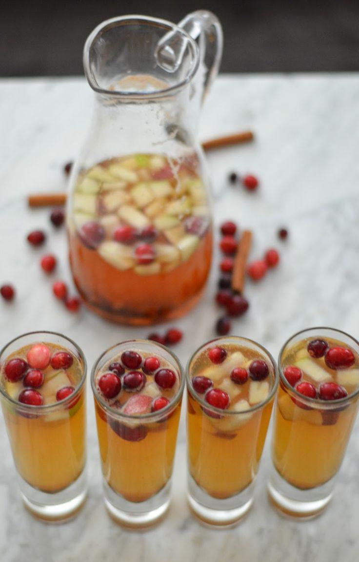 Winter Apple Pear + Cranberry Sangria | Luci's Morsels :: LA Lifestyle + Entertaining Blogger