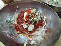 ウルチミョノッ ウルチミョノク ゆで豚肉 北朝鮮 ネンミョン スユッ 韓国グルメ ソウルグルメ 失郷民冷麺