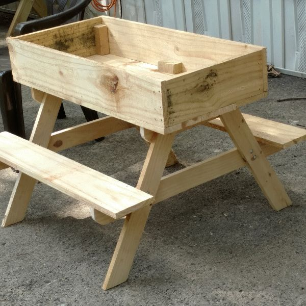 Terry King's picnic table photo 1