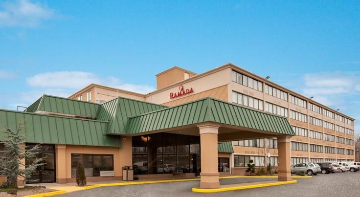 Ramada Inn Rochelle Park/Paramus Area Rochelle Park Only a 30-minute drive from New York City and close to several area attractions, this Rochelle Park, New Jersey hotel provides spacious accommodations and many thoughtful amenities. A complimentary continental breakfast is served daily.