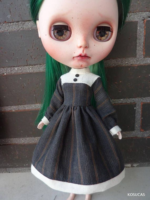 He encontrado este interesante anuncio de Etsy en https://www.etsy.com/es/listing/570391685/dress-for-neo-blythe-dolls