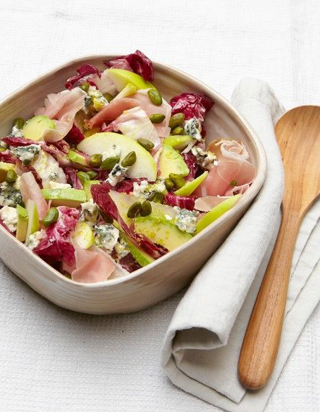 Salade fruitée au roquefort pour 4 personnes - Recettes Elle à Table - Elle à Table