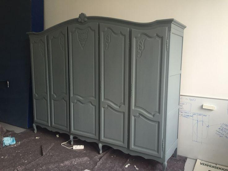 25 beste idee n over blauw grijze verf op pinterest blauw grijze slaapkamer blauw grijze - Hoe een verf kleur voorbereiden ...