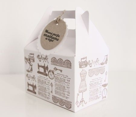 Patterned picnic box. Also called a Gable Box. See Gable boxes at B2Bwraps.com